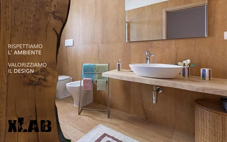 Come arredare il bagno con il legno massello
